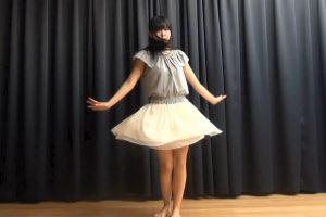 ニコ動の踊ってみたで童顔少女のパンチラを発見