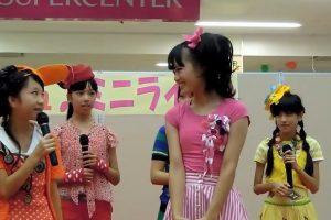 すごく薄着でイベントに登場した中学生アイドル
