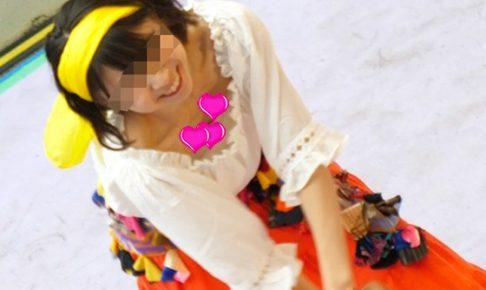 asdfg123さんの4K高画質!妖艶JDの胸チラベリーダンス