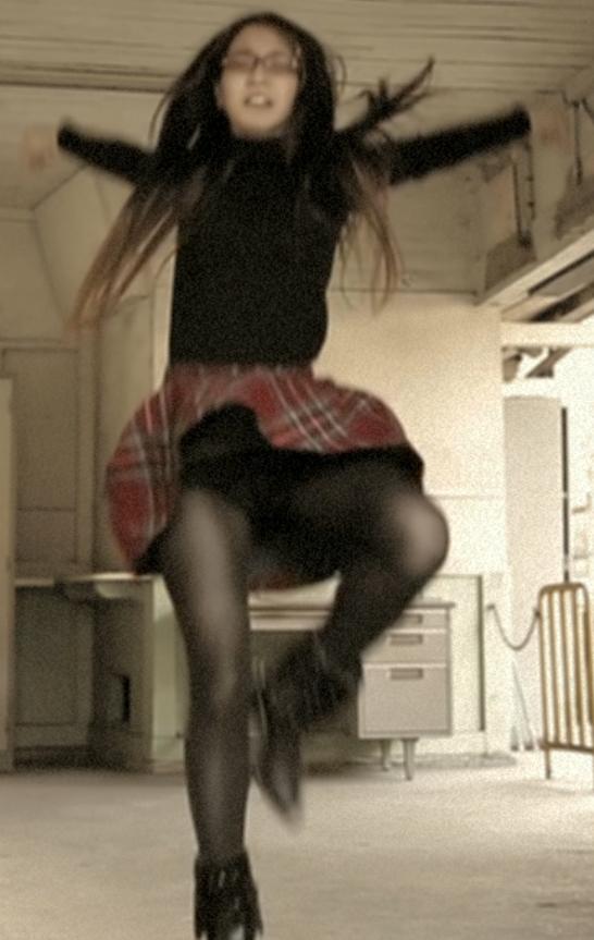 【黒タイツ】エロエロ黒タイツで踊ってみちゃった娘達!