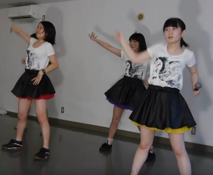 ぐうかわ女子高生たちのももクロ練習風景が見どころ有り過ぎ!