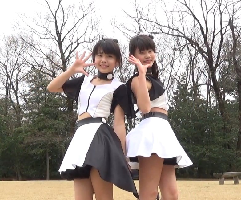 2人組ご当地アイドルのハイキックハミパンチラ動画がアツい!