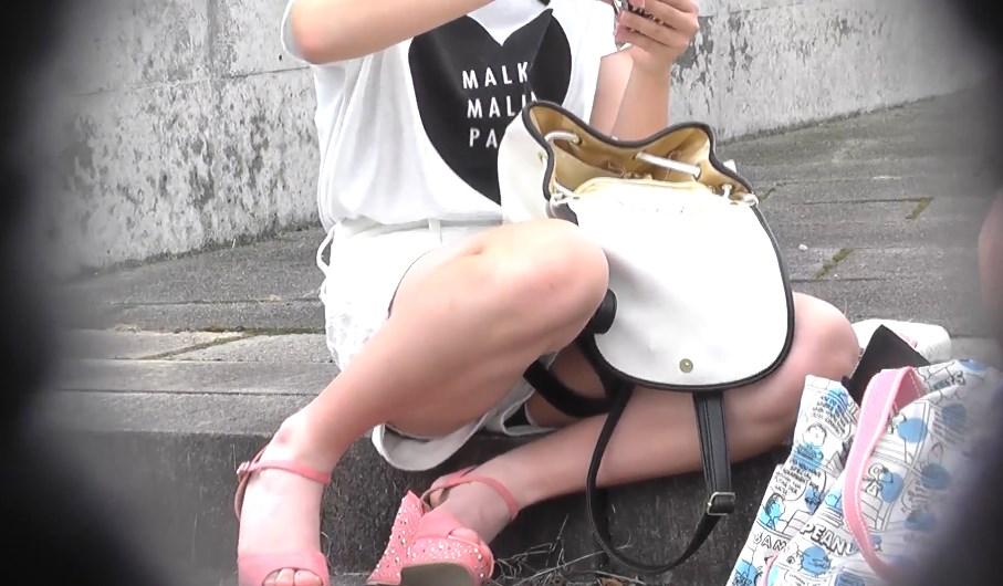 美少女JCのハミパンチラを対面盗撮