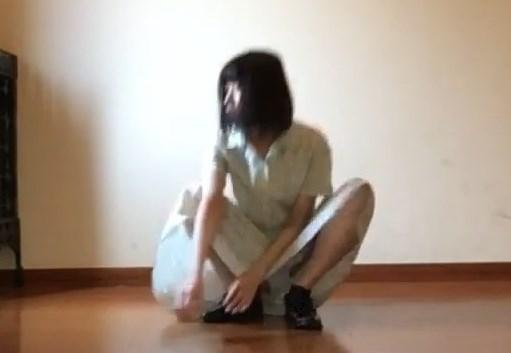 スッケスケワンピの踊ってみた動画がパンチラまでしててスケベすぎたwww
