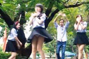 中学生が自主制作したダンスMVで白パンチラしてしまっている件