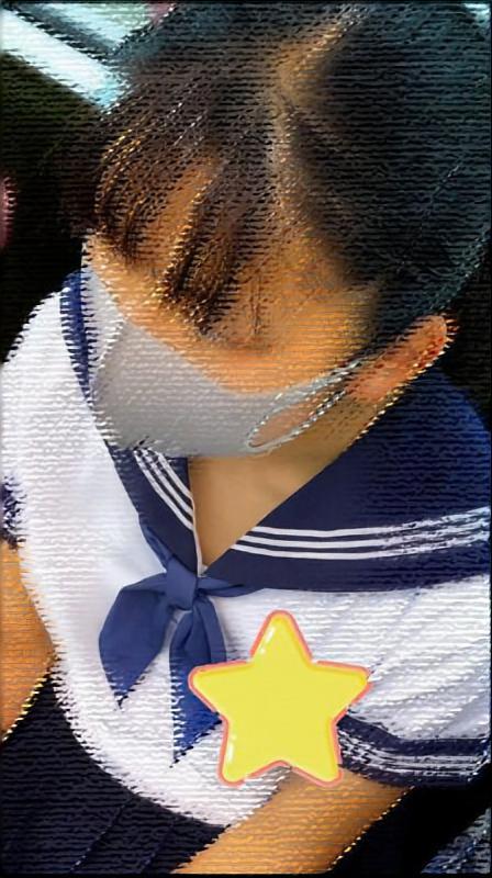 【夏服セーラー服JKさん!胸元にドキドキ!】見つめていたい!