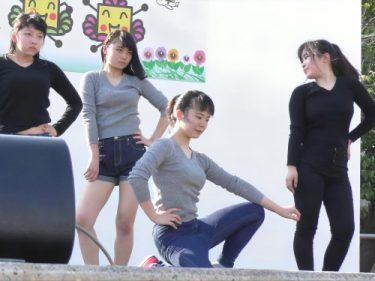 【朗報】JKダンス部のパンチラへそチラセクシーダンス、セクシーすぎる