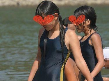 yamanori318:すいすいすいまー 09 同じスク水でも海から登場