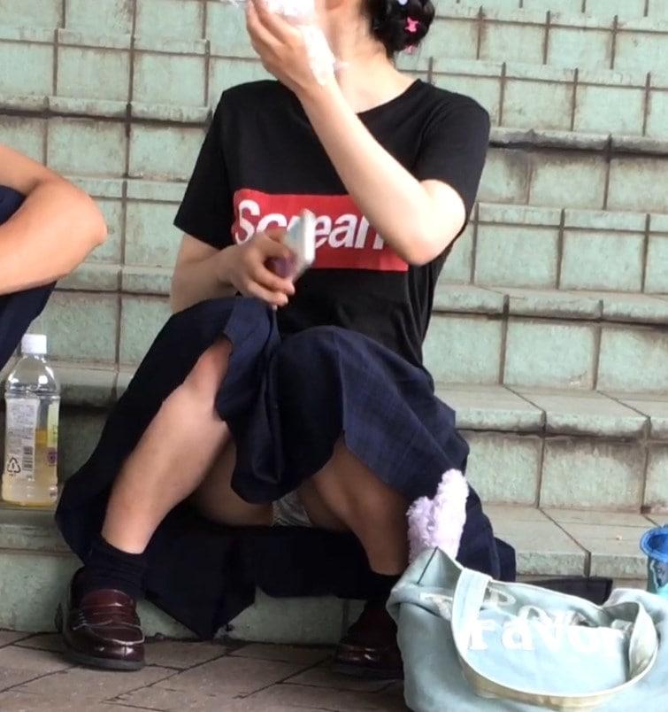 【Full HD】妄想vol.110「制服でリラックスしているところを...」 画像つき詳細レビュー
