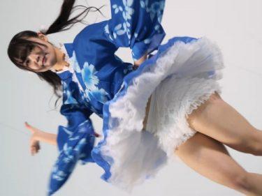 北海道の激カワローカルアイドルさん、ペチパンがずり下がってインナー丸見えになってしまうハプニングww