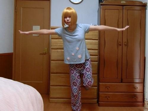 ペラペラのTシャツ1枚で踊ってみた!乳揺れしまくりでシコらせにくる巨乳踊り手さん