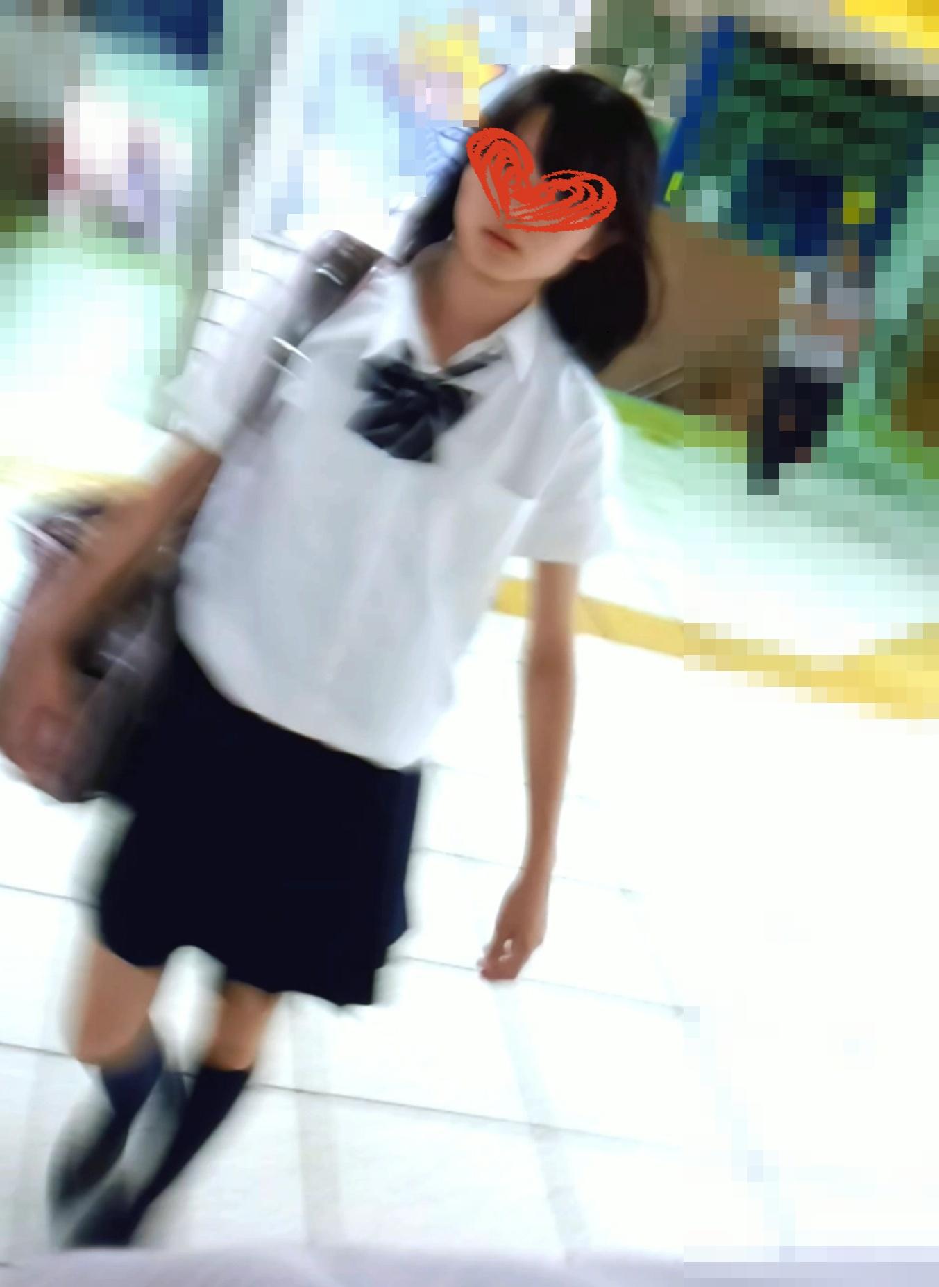 愛の戦士観察日記003~逆さ撮りJK(お嬢様学園)~画像つき詳細レビュー