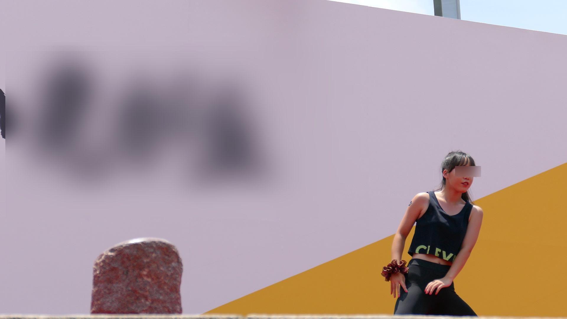 お祭りイベントでダンスチームを赤外線撮影した動画、パンツのリボンまでスケスケになっててスゴイ(きゃめる10)